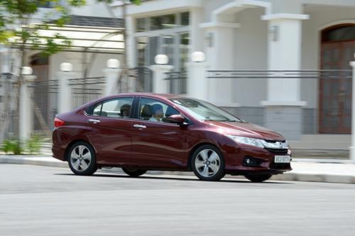 Ô tô tăng tốc nhanh hay chậm phụ thuộc nhiều vào động cơ
