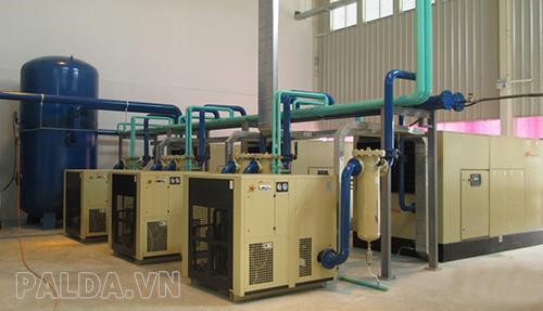 tại các xưởng gỗ bảo dưỡng máy sấy khí như thế nào