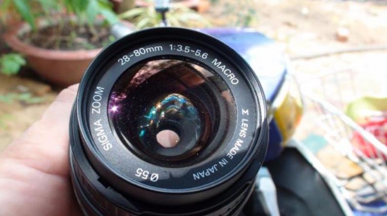 Phơi nắng ống kính máy ảnh