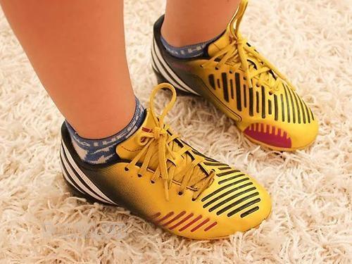 bảo quản giày sạch đẹp cũng là cách giúp bạn tự tin hơn