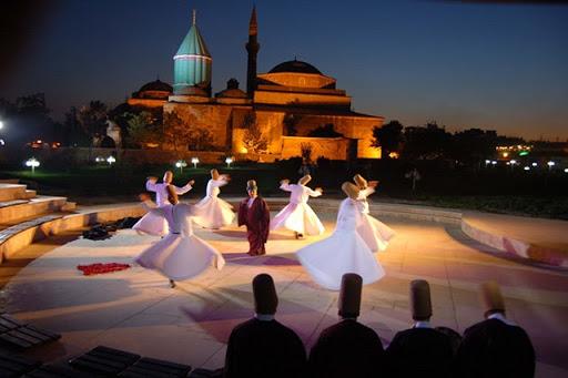 Lễ hội Mevlana Mùa lễ hội cuối năm 2020