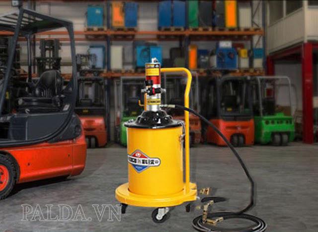 Máy bơm mỡ bằng khí nén Kocu GZ-10 được nhiều người lựa chọn